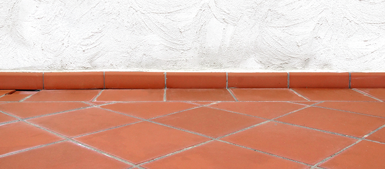 5 top reasons to have reclaimed terracotta tile flooring in your home