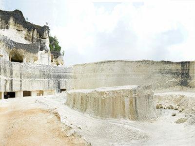 Mining-limestone-in-a-mine-in-Indonesia