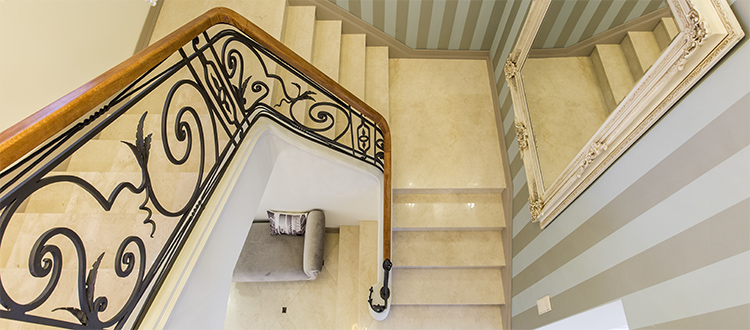 Marble-staircase-spiral