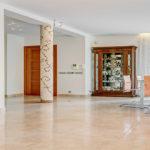 marble-floors-in-elegant-room