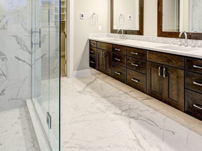 modern-bathroom-with-marble-floors