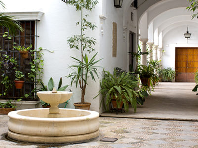 fountain-placed-outside-of-home