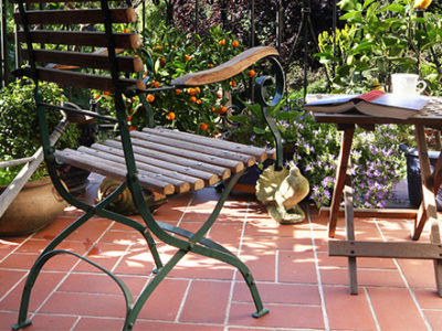 patio-with-terracotta-floors